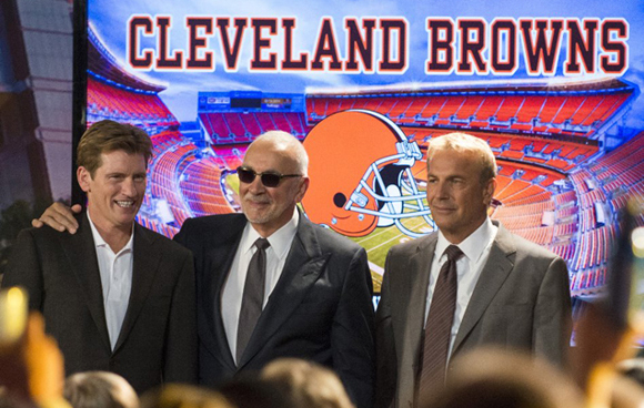 Coach Penn (Denis Leary), Brown's owner Harvey Molina (Frank Langella), & Sonny (Kevin Costner)