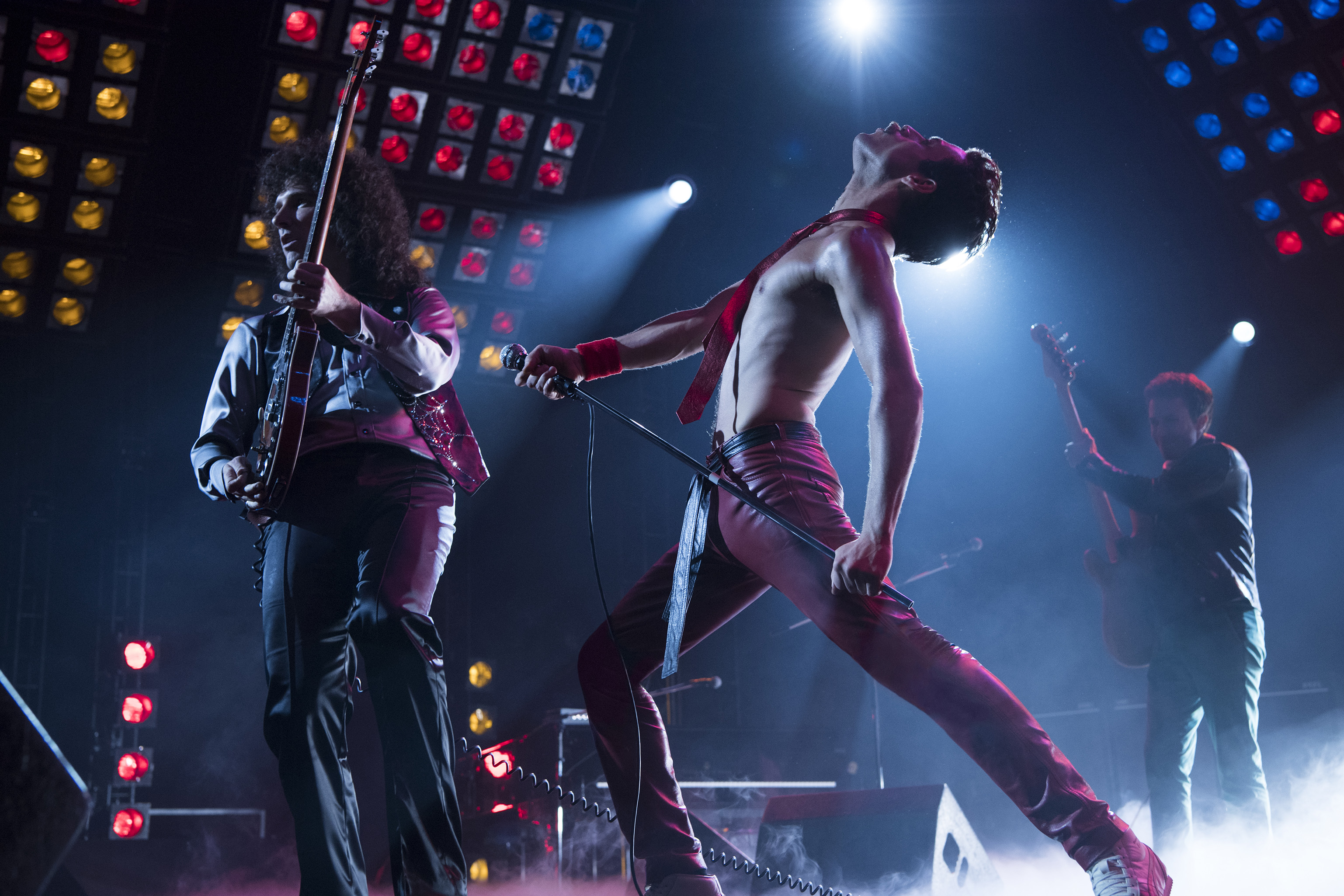 059c2d21571 That s what actor Rami Malek had audiences asking because his portrayal of  Queen frontman Freddie Mercury in the 20th Century Fox film ...